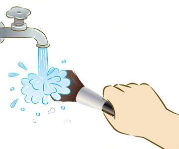 ブラシ・スポンジのお手入れ方法のアイキャッチ画像